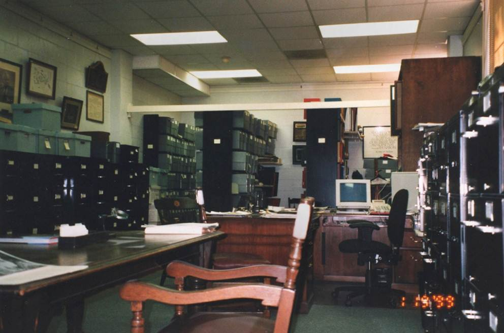 Archives image 14_burrow basement 1998
