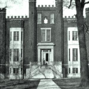 castle_building_1914_001.jpg