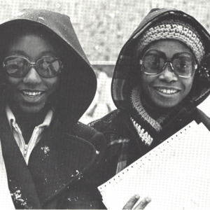 Fashion_1977_life_women_annual_02
