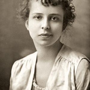 Fashion_History_1921_Margaret_Trahern_Margaret_first_graduate