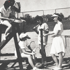 Fashion_1949_life_girls_tennis_annual_02