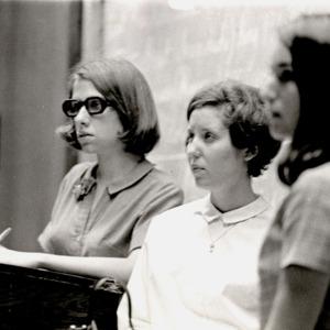 Fashion_1970_women_in_class_lynx_page_267