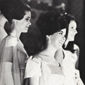 Fashion_1968_Women_hair_annual_pg_50